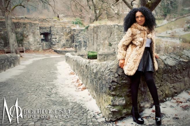 Portraits for women, On location Shooting, Photographer at Davis CA, Mayumi Acosta Photography